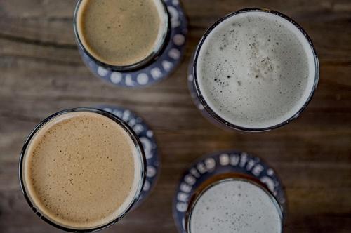 Gallery Image overhead-beers-2000-30.jpg