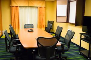 Our boardroom is ideal for corporate meetings and seminars