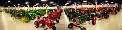 Gallery Image tractor3.jpg