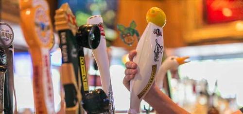 Gallery Image featured_beer_ontap_seasonal.jpg