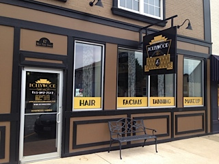 Hollywood Salon in Manteno
