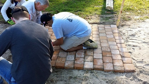 Gallery Image pavers%20beginning.jpg