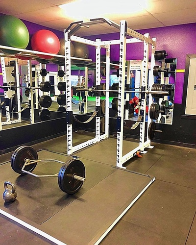 New squat rack with deadlifting platform in our back room