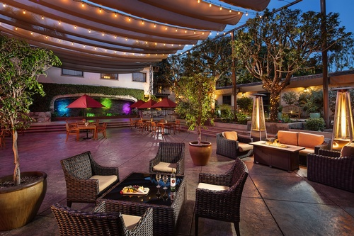 Gallery Image hotel_CLAREMONT_doubletree_309.JPG