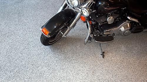 Garage epoxy flake floor