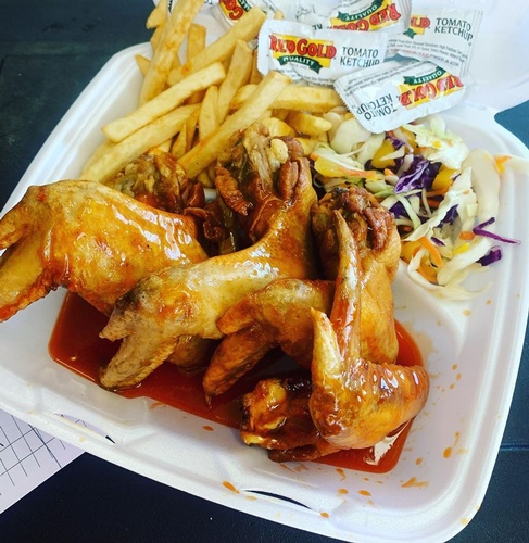 Jammin Wings w/ Fries & Mango Slaw