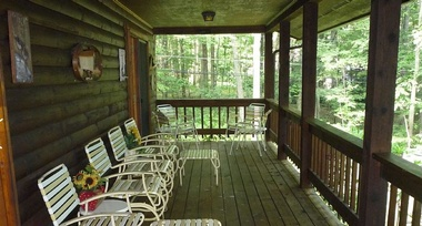 White Oak Lodge Covered Porch