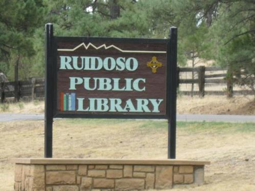 Ruidoso Public Library, welcome sign