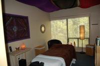 Gallery Image MassageRoom02.jpg