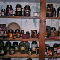 With our fragrant candles from such popular and enduring names as 1803, McCalls, and other popular soy styles