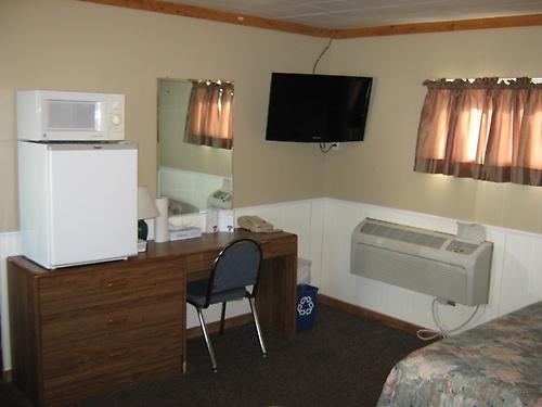 Gallery Image Motel%20slide%20show%20024_190614-102758.jpg