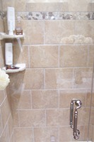 Shower Tile with Deco and Resin Shelves