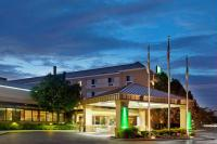 The Welcoming Glow of the Holiday Inn & Suites - Carol Stream