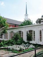 Gallery Image courtyard.JPG
