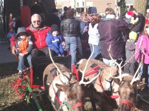 Santa's Reindeer on the Square