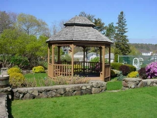Lookout Resort gazebo