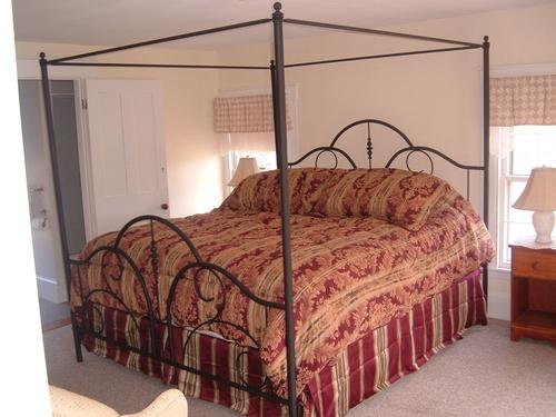 Gazebo guest room