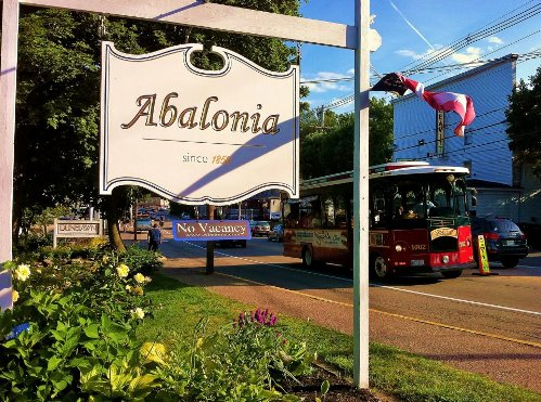 Abalonia sign and trolley