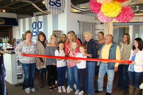 Gallery Image gg's%20ribbon%20cutting.jpg