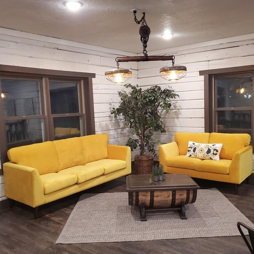 Gallery Image couch%20area.jpg