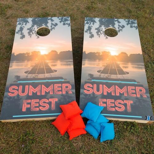 Gallery Image summerfest%20cornhole.jpg