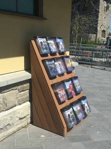 Outdoor literature racking solutions are not a problem for BCI!