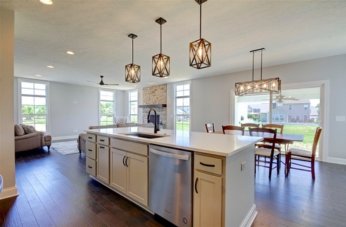 Gallery Image Bennett%20-%20Logan%20model%20-%20kitchen%205.jpg