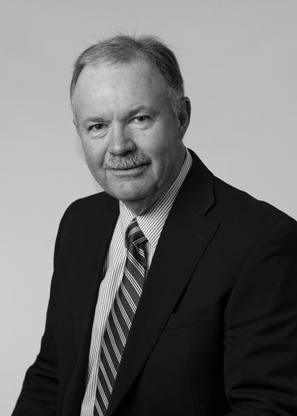 Reuben Ahrens, Salesperson