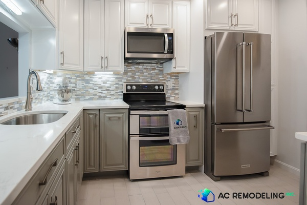 Compact L-Shaped Kitchen