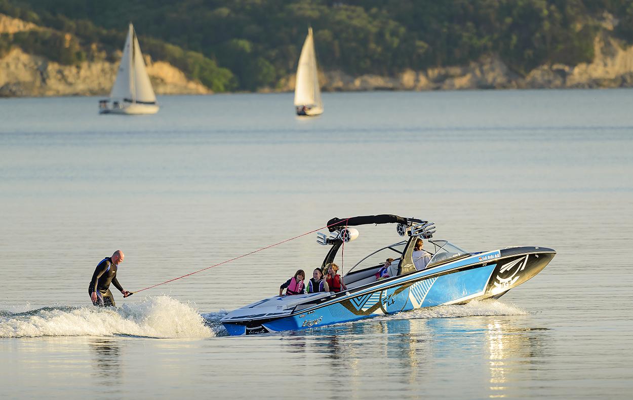 Slider_Boat.jpg