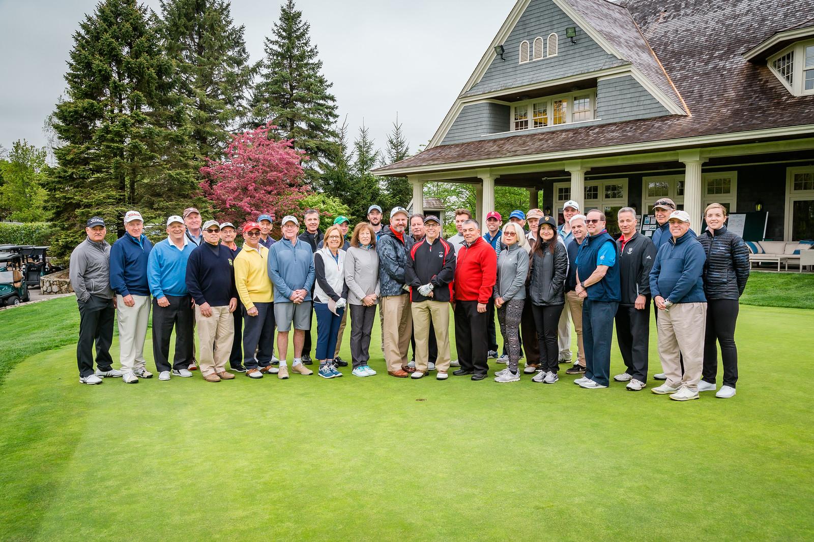 Golf-group-photo.jpg