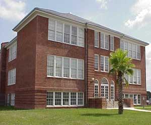 freshman-center.jpg