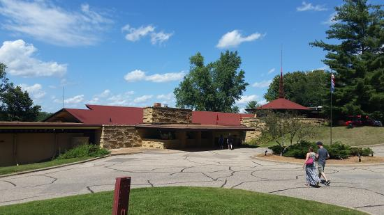 Frank Lloyd Wright Visitor Center