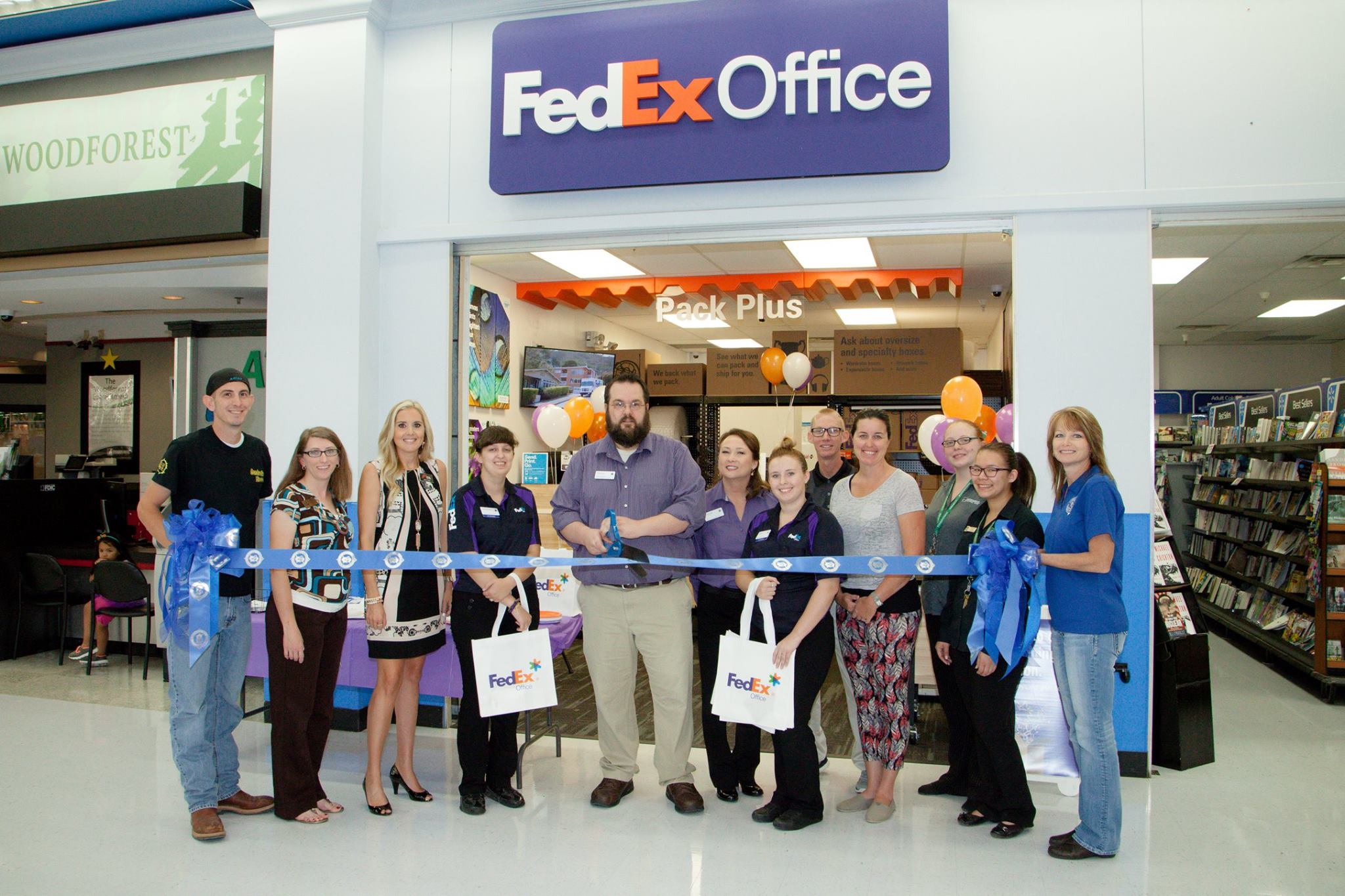 Fedex-Ribbon-Cutting.jpg