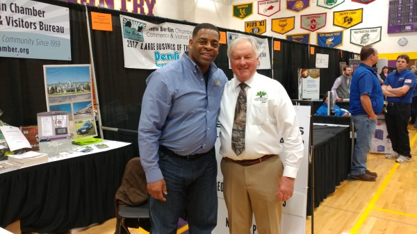 Former Green Bay Packer George Koonce at Discover New Berlin March 25,2017