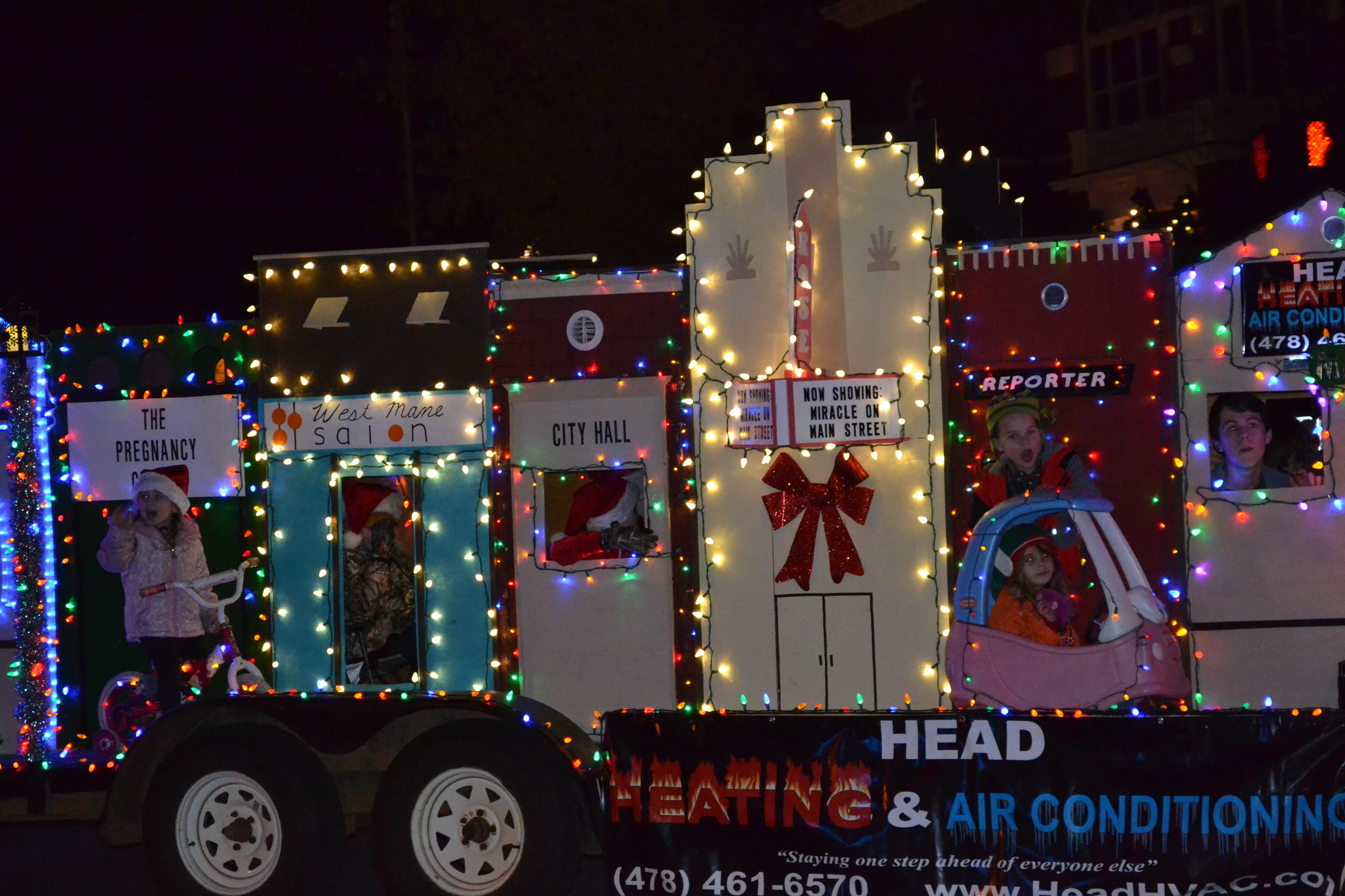 Christmas Homecoming Float.Hometown Holidays Parade Forsyth Monroe County Chamber Of