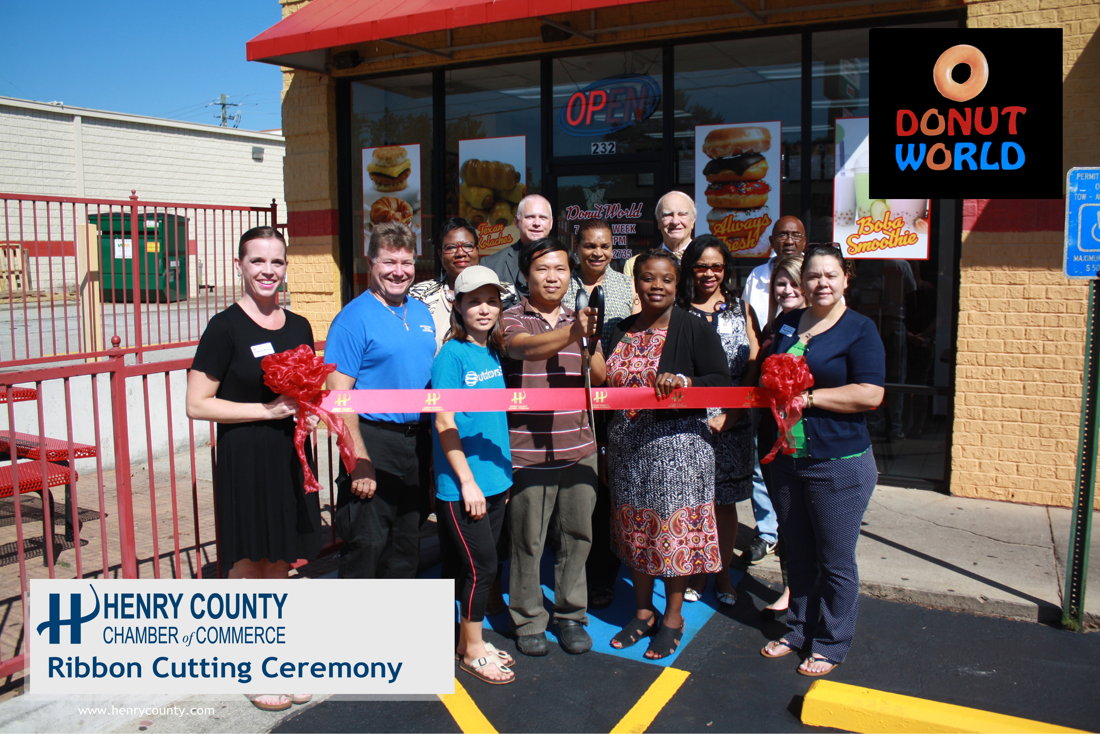 HCCC Ribbon Cutting for Donut World