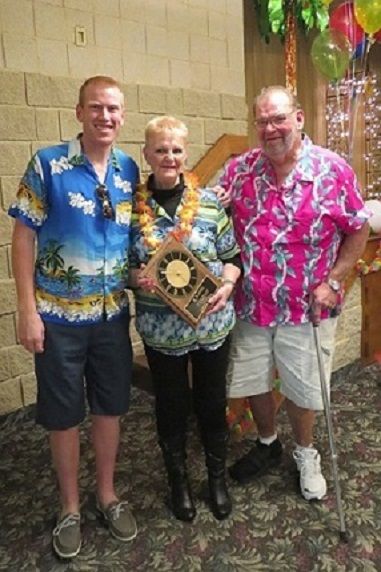 2015_Hume_Winners_-_Ken_and_Barb_Purvis.jpg