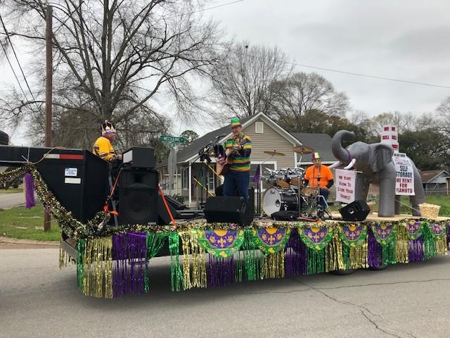 Mardi Gras Parade - Vernon Parish Chamber of Commerce, LA