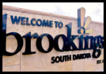Brookings-Entrance-Sign_2013_5.JPG-w210-w220.jpg