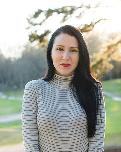 Bestselling Author Emily Bennington