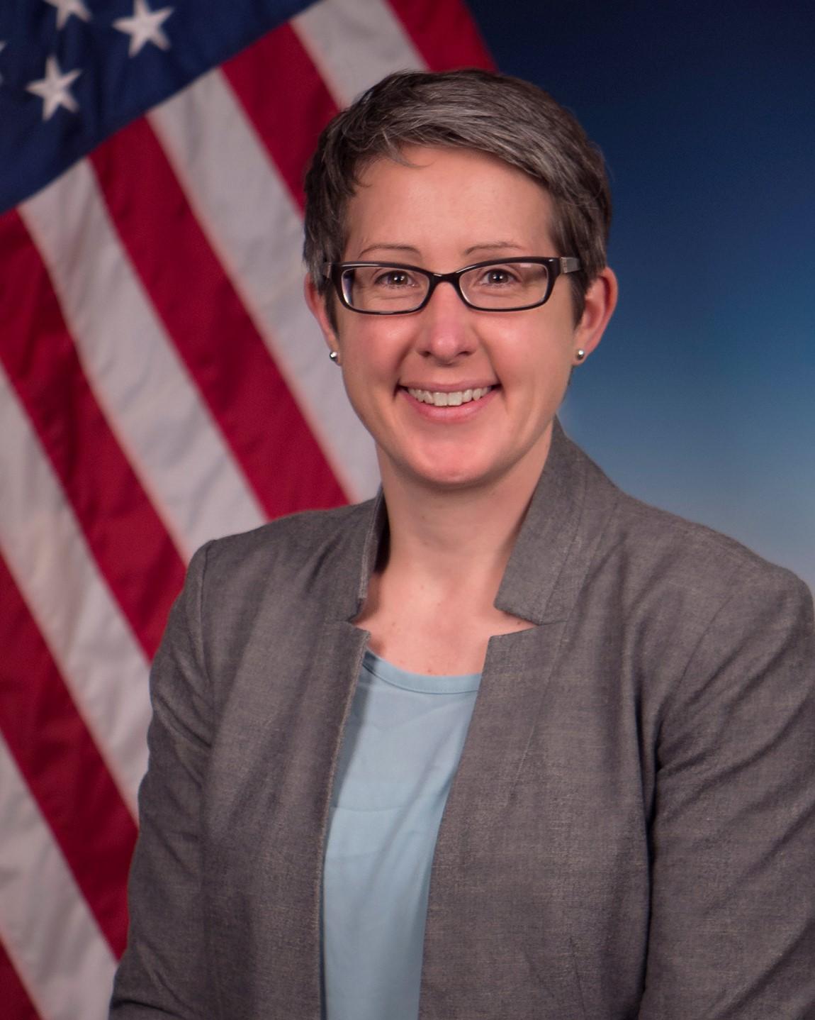 Dr. Anne Fischer