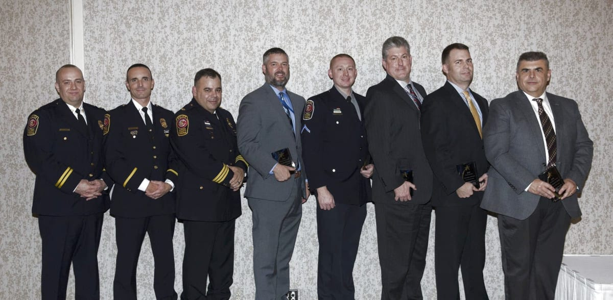 Police-Fire-Tribute_Laraimages_15-w1876-w1876-w1200.jpg