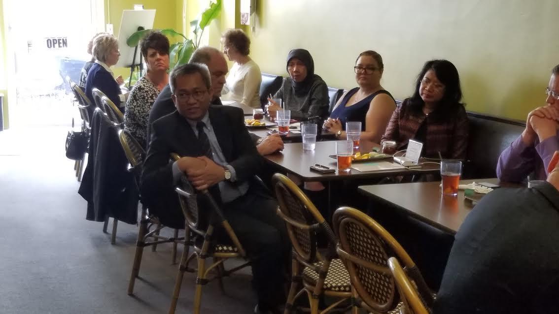 Indonesian-group-meeting-1-033017.jpg