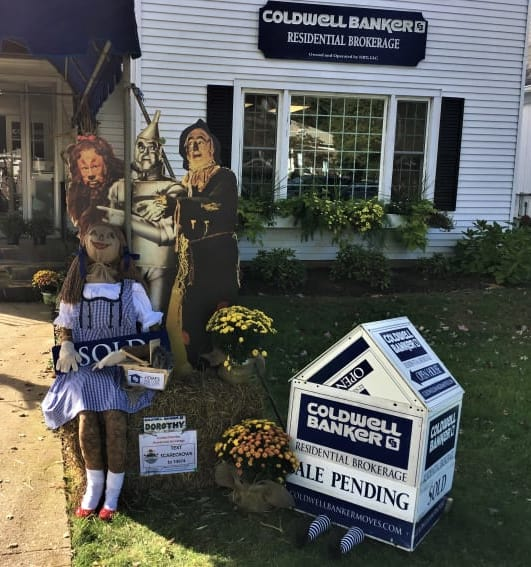 5-Coldwell-Banker-Scarecrow2018(2).jpg