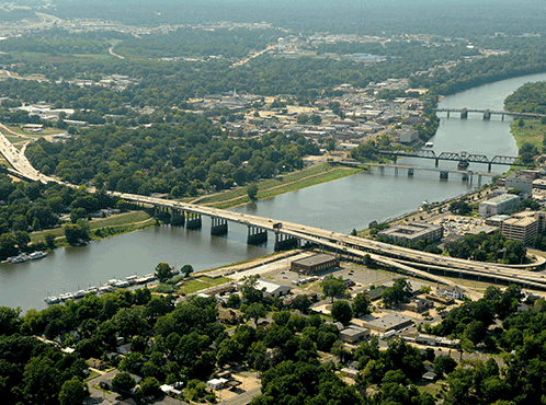 Albritton Skyline The beautiful Ouachita River runs between the cities of  West Monroe and Monroe.