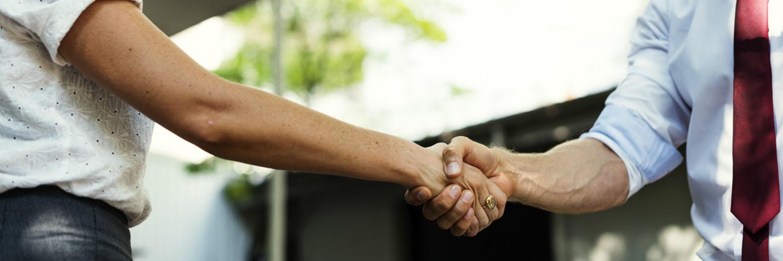 handshake-1600.jpg