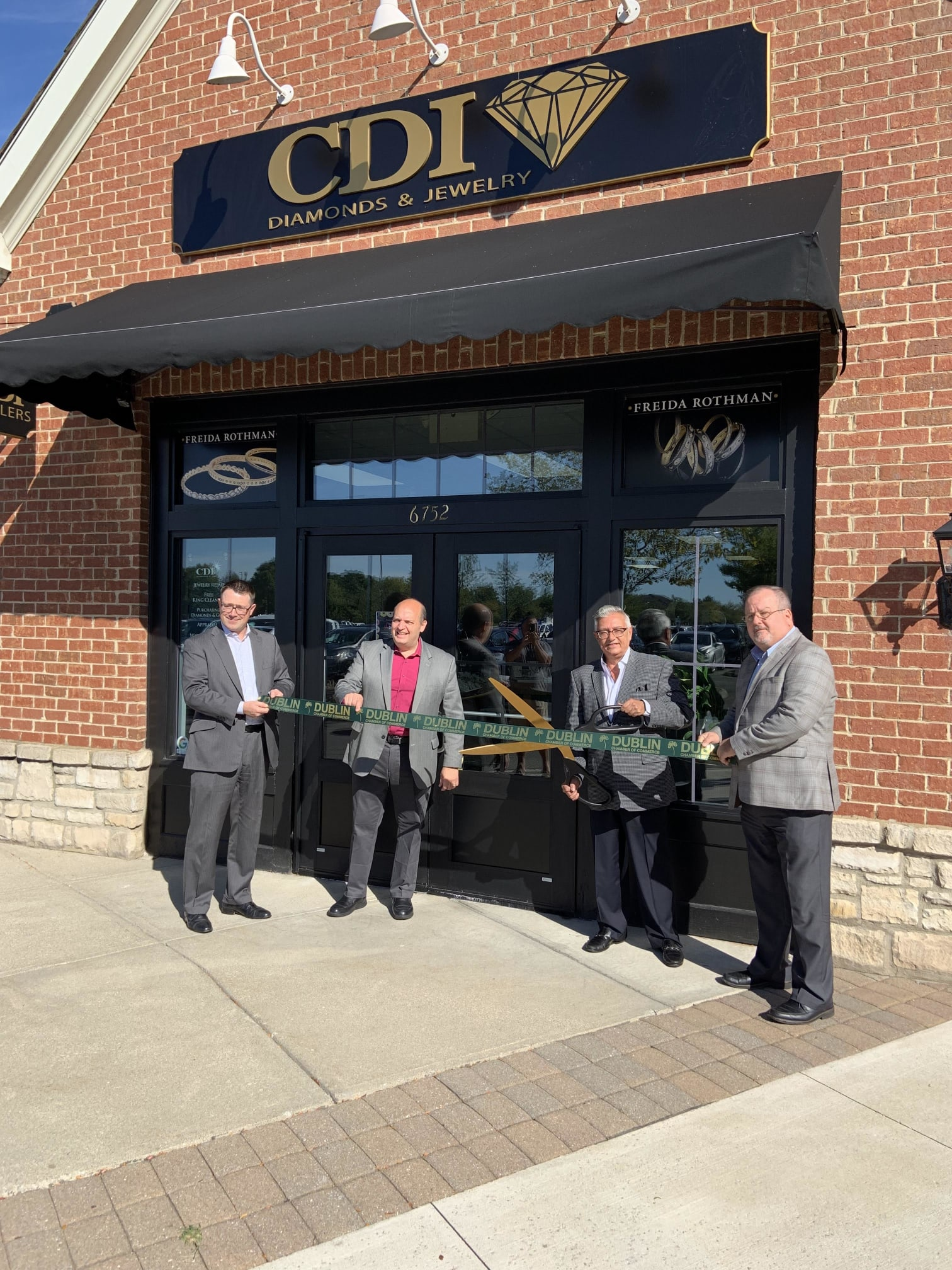 CDI-Ribbon-Cutting-w1512.jpg