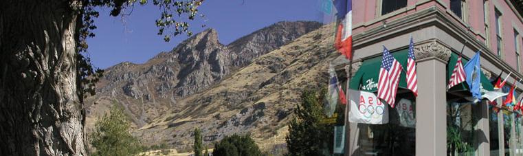 banner_2_landscape_1-sm.png
