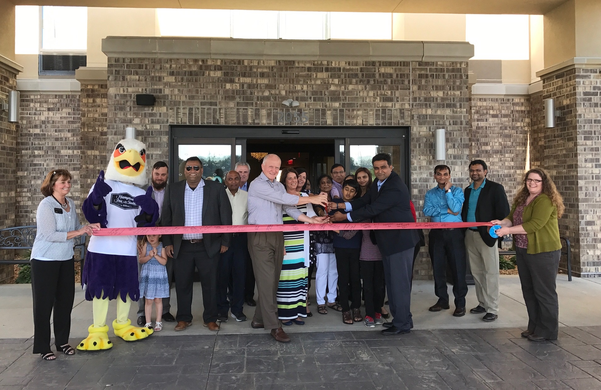 Hampton Inn & Suites Ribbon Cutting 2017